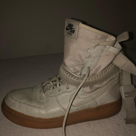 Nike SFAF1